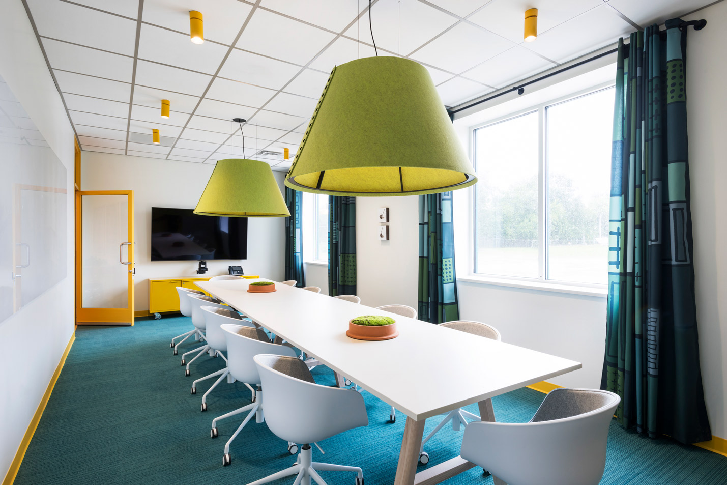 Lodgic Workplace Champaign Conference Room